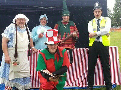 The 2014 CRAPPPS Punch 'n' Judy players (photo: Jane Carter)